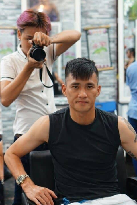 Dũng Sài Gòn - MYhair vẫn luôn là địa chỉ làm tóc thân thiết nhất của Công Vinh