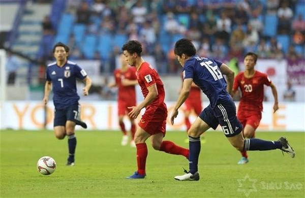 Chấm điểm cầu thủ Việt Nam vs Nhật Bản: Văn Lâm quá tuyệt, Công Phượng cũng tài
