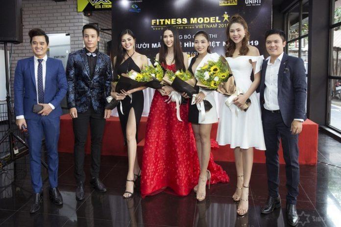 Hoa hậu Phan Thị Mơ vừa đăng quang đã ngồi ghế nóng chấm thi nhan sắc