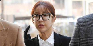 Nữ ca sĩ nổi tiếng ra tòa vì đánh bạc và nợ nần