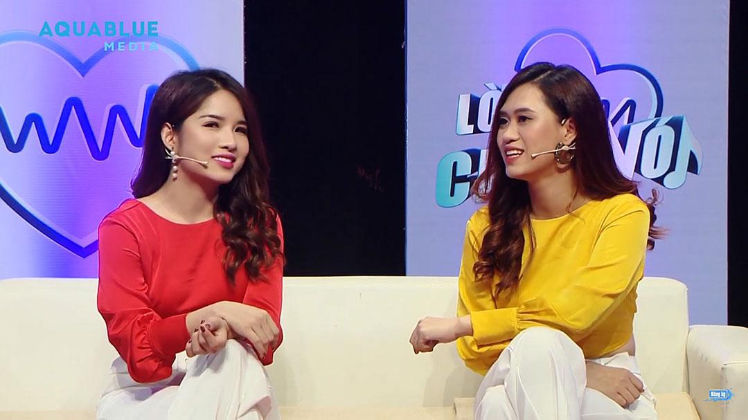 Ca sĩ Jee Trần (bên phải) - MC Quyên Quyên (bên trái)