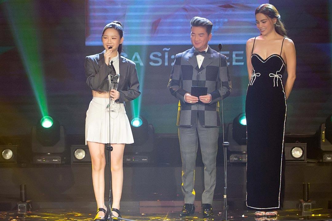 Đàm Vĩnh Hưng là khách mời danh dự để trao nhiều giải thưởng danh giá trong chương trình