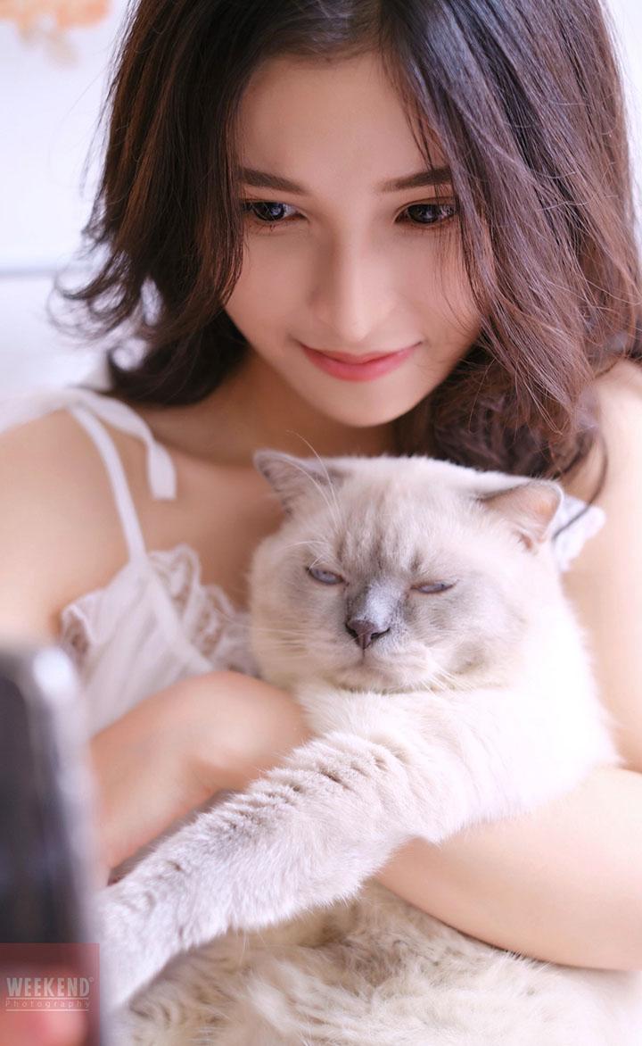 Nữ sinh Huỳnh Thư với gương mặt khả ái