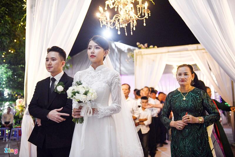 Đám cưới của Mạnh Quỳnh tại Nghệ An