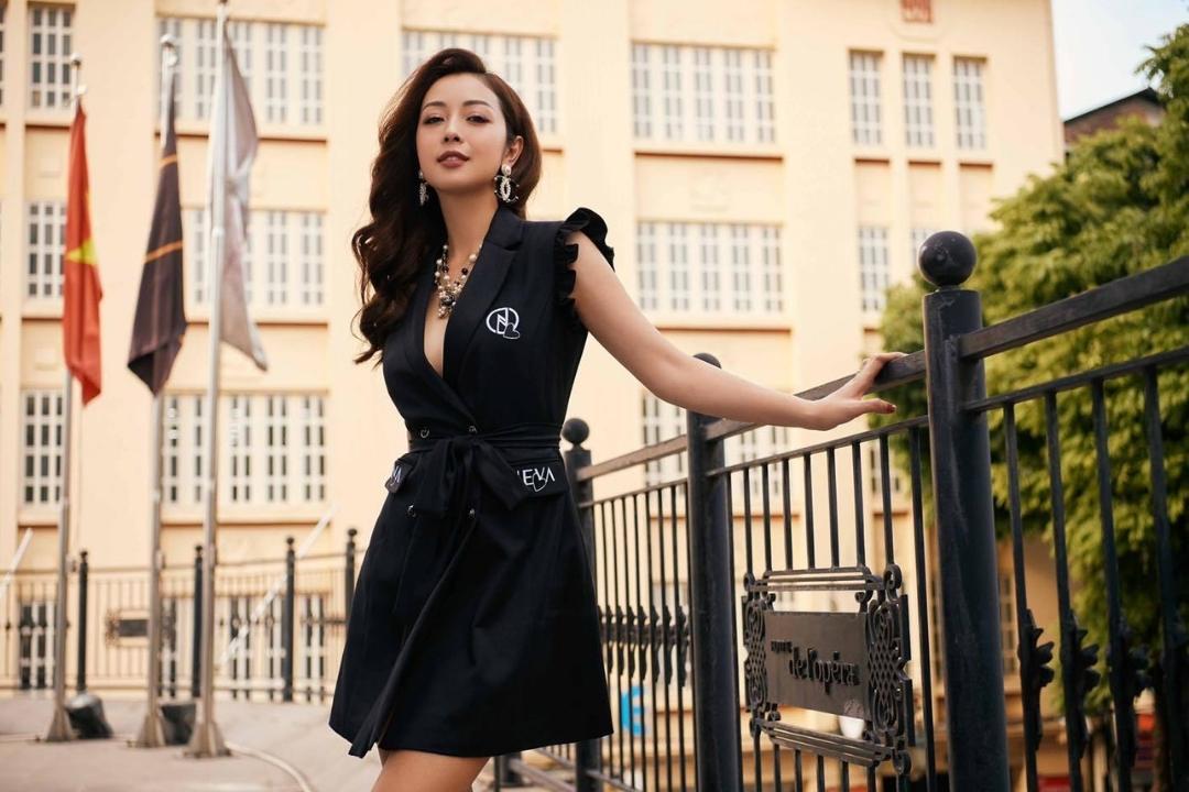 Jennifer Phạm đăng quang hoa hậu châu Á năm 2006