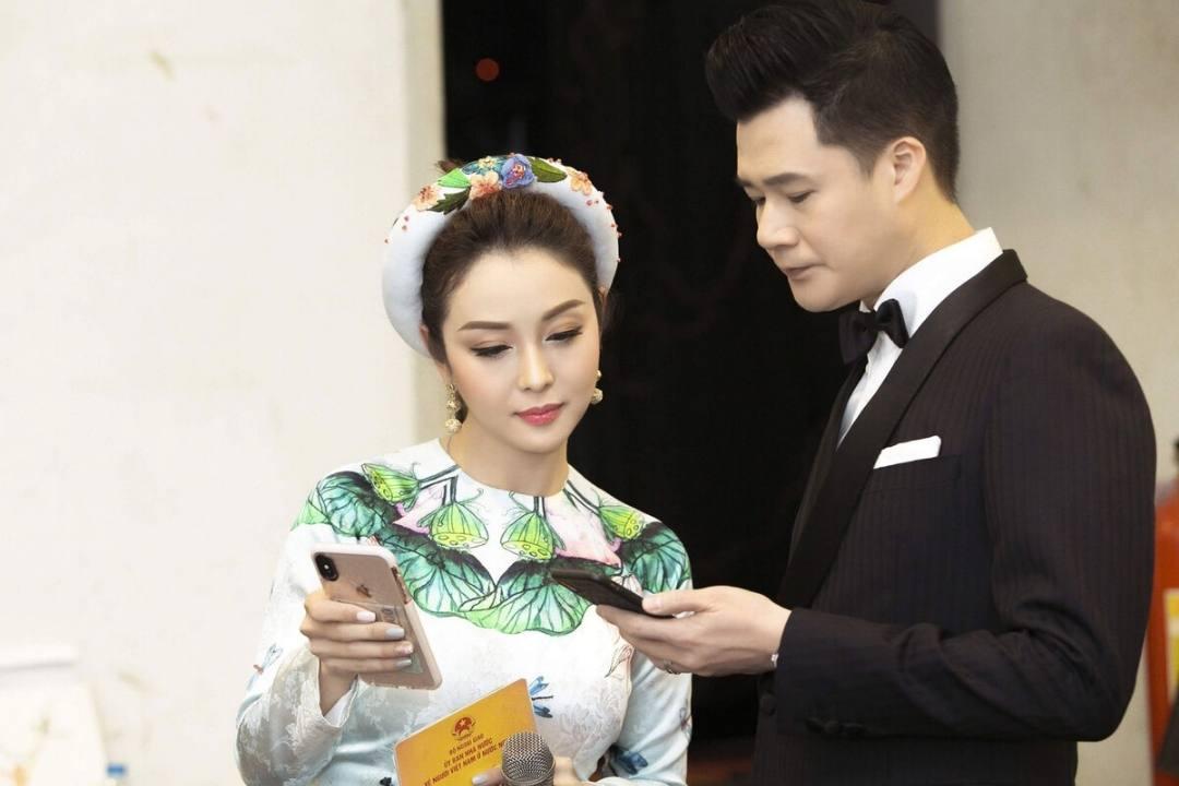 Jennifer Phạm đã từng kết hôn với ca sĩ Quang Dũng