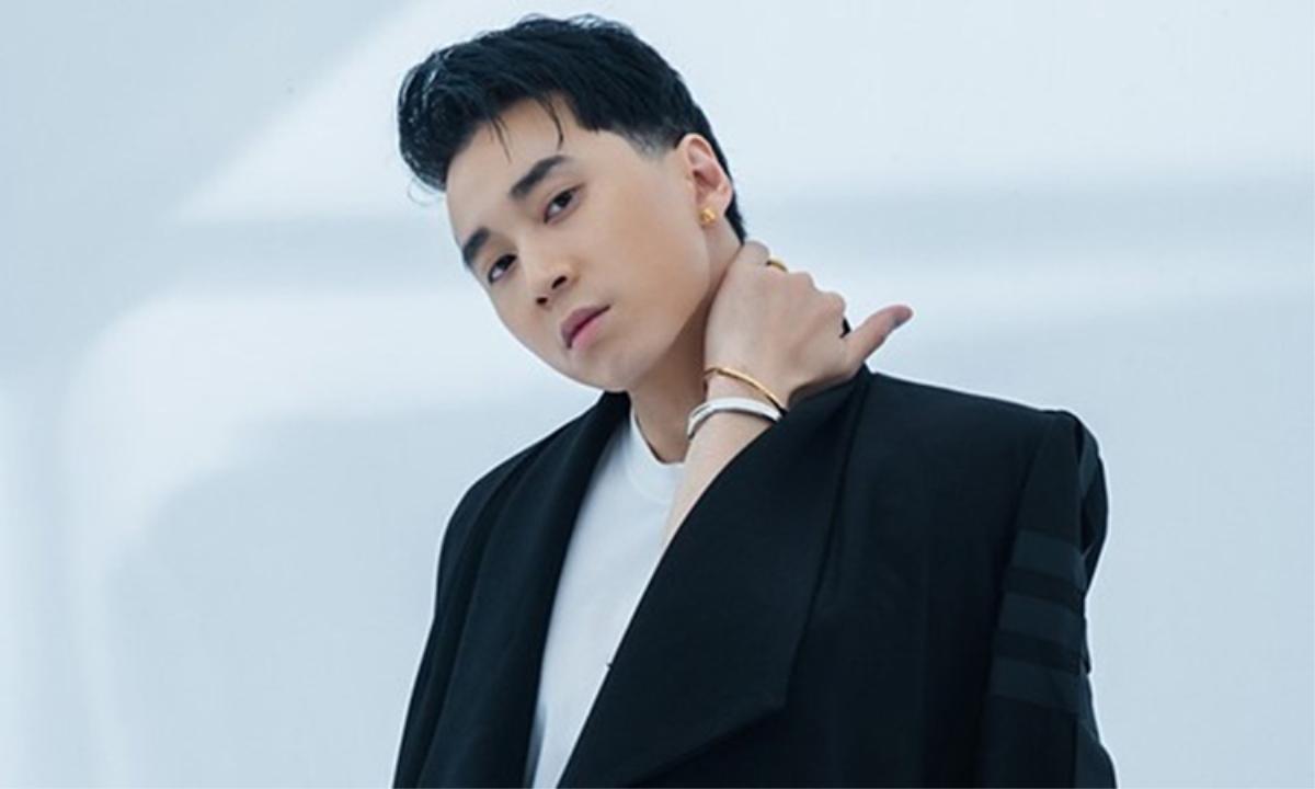 Karik là ca sĩ có loạt bài hit, được đông đảo fan hâm mộ