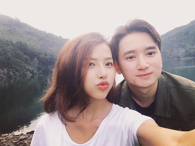 Mạnh Quỳnh và Khánh Vy đính hôn vào năm 2018